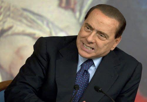 Berlusconi indagato a Reggio. Sull'Imu è voto di scambio