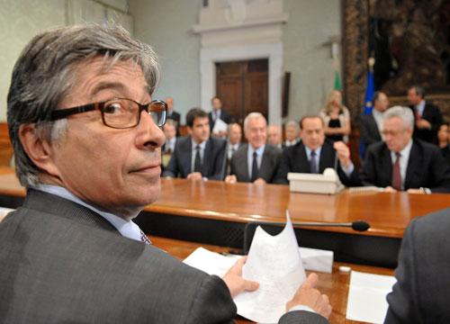 Vasco Errani si è dimesso, condannato per Terremerse